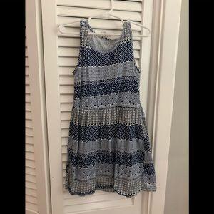 Girls blue dress. Size 6-8.